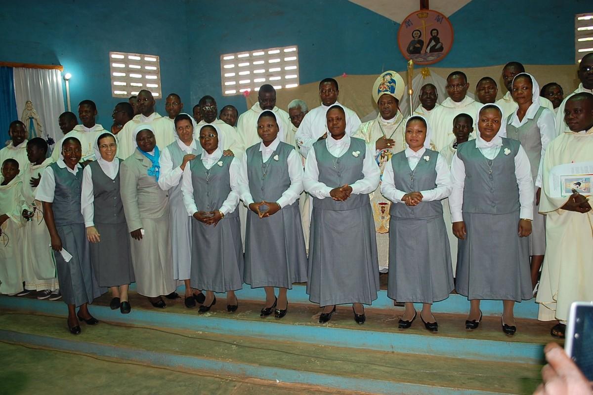 Benin - Prima professione (foto di gruppo)
