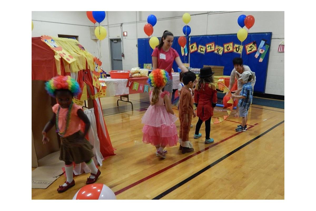 Venerini Academy (USA) - Spettacolo dei bambini (PreK3)