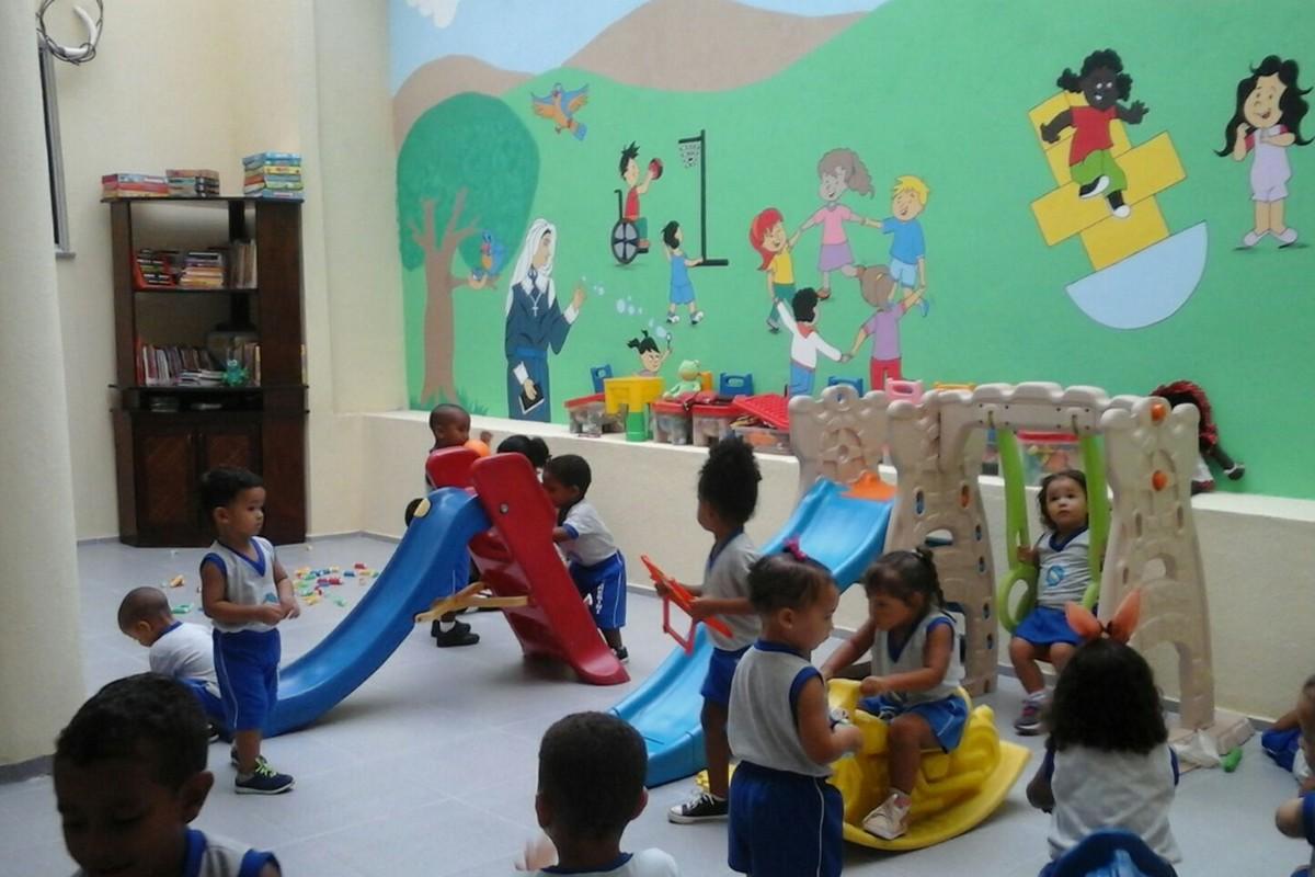 """Benedezione dei locali della scuola """"Rosa Venerini"""" di Alagoinhas"""