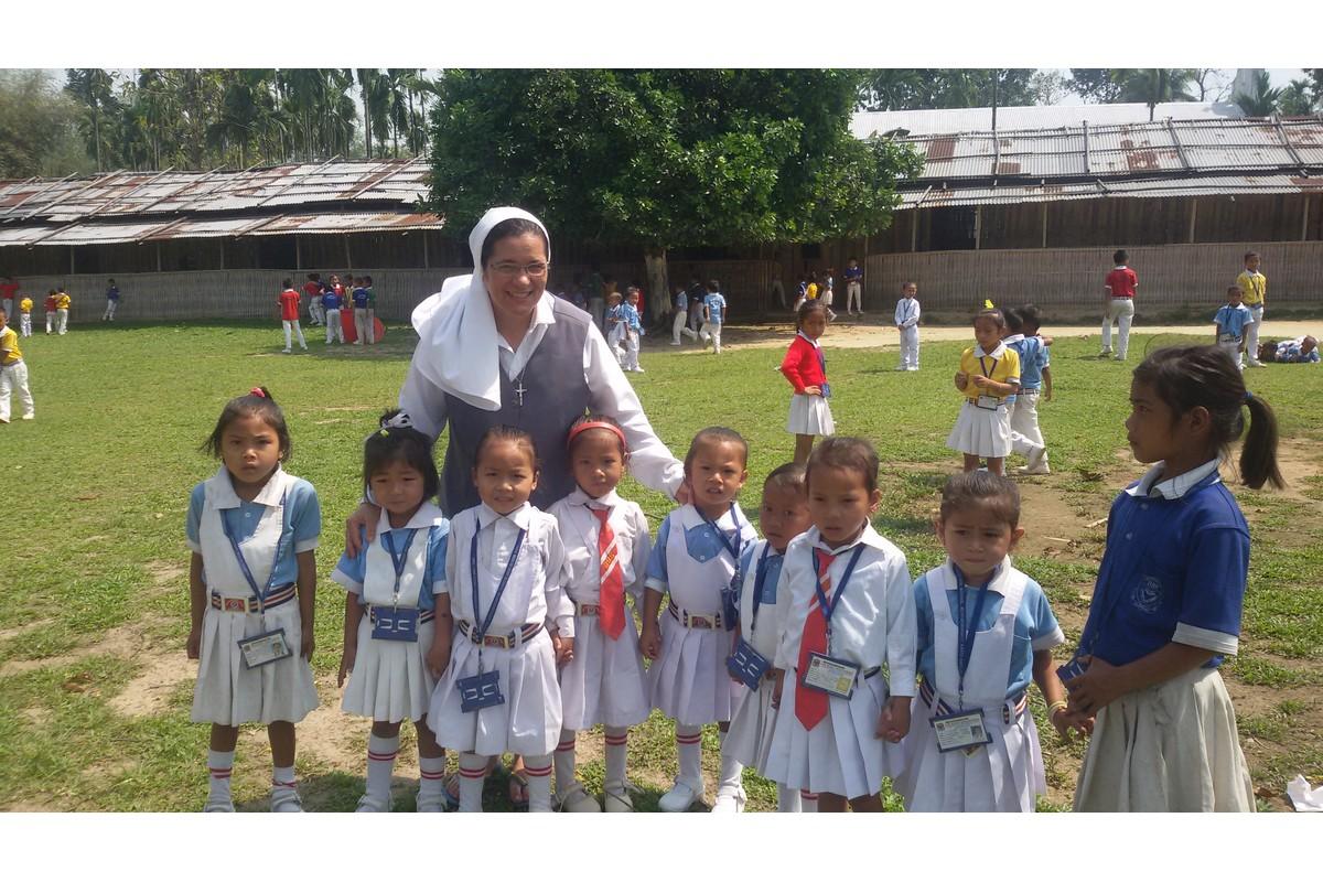 La scuola Venerini di Rongobonghat (Assam)