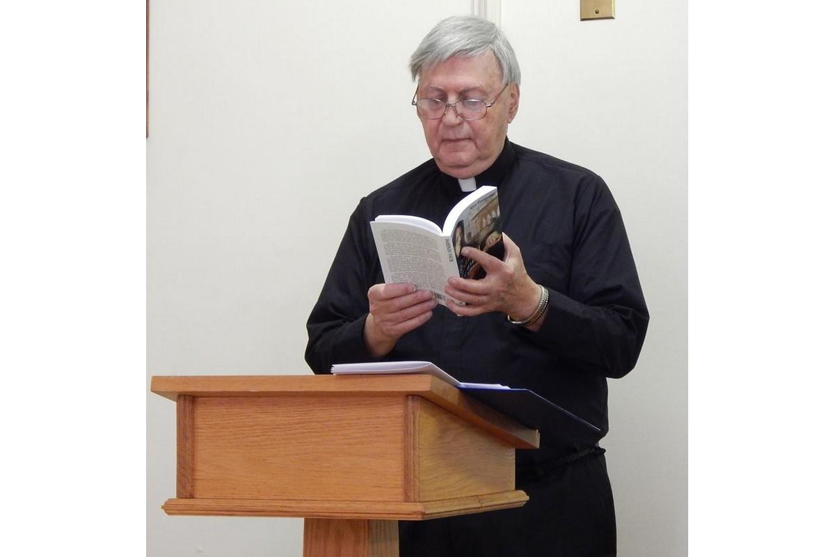 Padre Robert Grattaroti è il presbitero che accompagna spiritualmente le nostre Provinciali