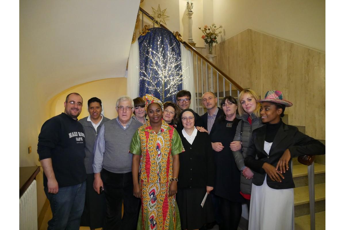Foto di gruppo dell'Associazione Semi di Rosa Onlus